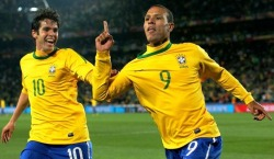 Brazil and Sevilla striker Luis Fabiano has heart set on a Manchester United deal